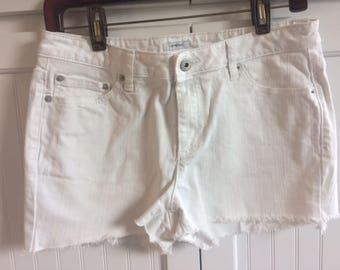 Liz Clairborne stretch cut off shorts white size 8