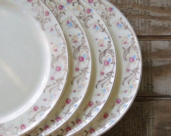 Taylor Smith Taylor Dinner Plates Set of 4, Cottage Style Tea Party, Farmhouse Tableware Wedding, Bridesmaid Gift, Ca. 1940s