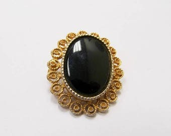 On Sale Vintage Ornate Black and Gold Tone Pin Item K # 2482
