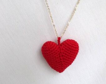red heart pendant necklace amigurumi