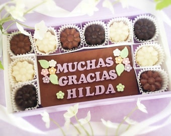 Muchas Gracias Chocolates - Personalized Thank You - Milk Chocolate Flowers - Thank You Gift for Her - Floral Thank You - Gracious Thank You