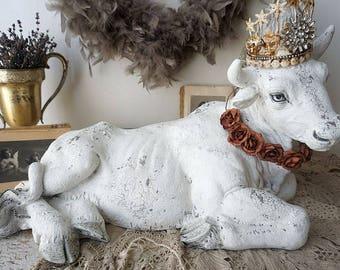 Cow decor statue farmhouse white lg albino male bull w/ horns French Nordic statuette figure embellished crown home decor anita spero design