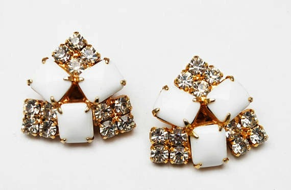 Rhinestone Clip on Earrings - White Milk glass - gold plated metal - Mid century Earring