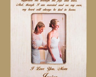 Mother Daughter Wedding Gift to Mom Bride Gift to Mom Wedding Gift to Mother  Personalized Picture Frame Mother Bride Wedding 8x10