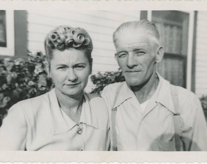 "Vintage Snapshot Photo: ""Helen & Robert, Christmas Day 1950"" (712629)"