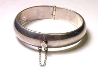 Vintage Sterling Silver Cuff - Heavy Bangle Bracelet - Mexico TM-143  - Weight 52.8 Grams # 456