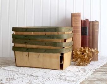 Vintage Berry Baskets, Large Berry Baskets, Quart Size Baskets, Farm Stand Fruit Baskets, Rustic Farmhouse Decor, Farmhouse Kitchen Decor