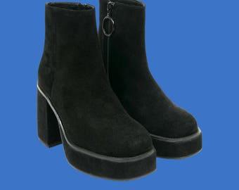 Unif mila black suede platform ankle boot