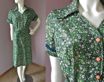 50% Off Closing Shop Sale Vintage 1970's Green & Navy Floral Polyester Day Dress // Shift Dress // Size Large