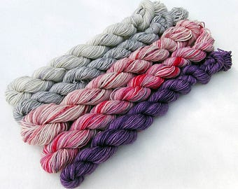 Handdyed Miniskeins, 75 Wool, 25 Nylon 100g 3.5 oz. #9