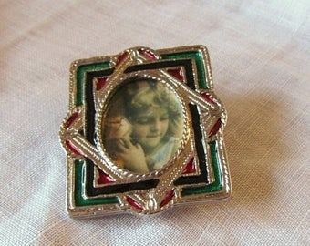 Summer Sale Faux Stained Glass Frame Brooch, Silver Tone Metal Wear a Picture of Your Loved One