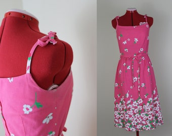 Charming Pink Floral Hawaiian Dress with Tie Straps ||| 1960s ||| Medium ||| Size 6 ||| Retro Day Dress