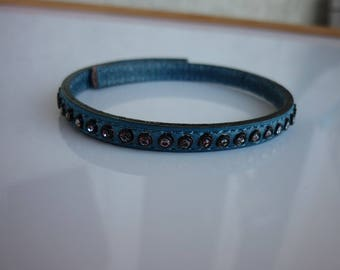 21cm leather flat 6mm blue rhinestone