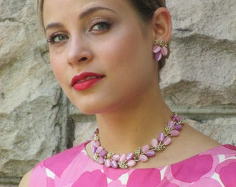 1950s 1960s Lisner Thermoset Pink and Lavender Necklace & Earring Parure Set
