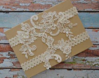 Ivory Lace Wedding Garter Set, Ivory Lace Garter Set, Ivory Beaded Lace Bridal Garter Belt, Ivory Lace Bridal Garter Set, Vintage Style, IV&