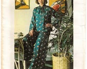 """A Long Bell Kimono Sleeve, Standing Collar Top & Flared Very Wide Leg Pants Sewing Pattern for Women: Size 12, Bust 34"""" • Butterick 3828"""