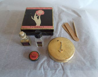 Vintage Cutex Compact Box With Tiny Bottles Of Cutex Nail Polish Remover Lot // 22