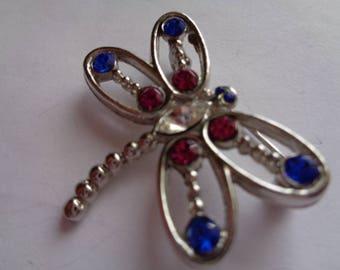 Vintage Unsigned Small Silvertone/Rhinestone Openwork Dragonfly Brooch/Pin  Pretty