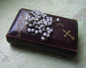 A Rare Antique Leather Bound 1905 'Key Of Heaven' Catholic Prayer Book With Concealed Rosary In Binding.