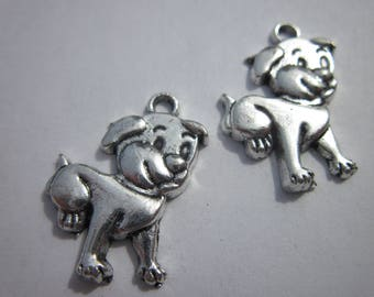2 silver 21mm (302) dog charms