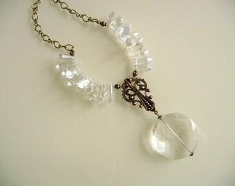 Summer necklace blows quartz