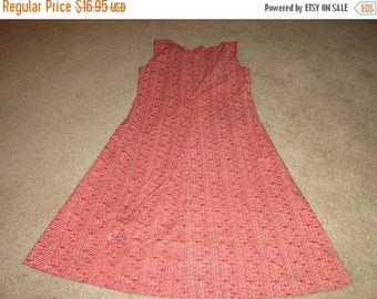 50% OFF Vintage Size Small dress 36 inch bust 37 inch length