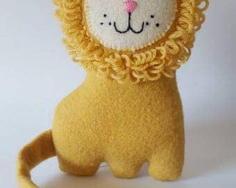 Lionel Lion soft toy