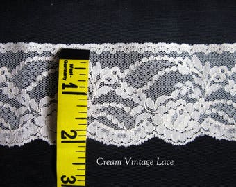lace trim, Vintage scalloped lace trimming, 2 yards