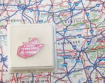 Vintage Dark Pink TENNESSEE  Sterling  and Enamel State Charm -- Memphis, Nashville and Chattanooga