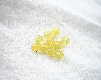 10 pearls 8mm yellow jade