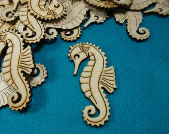 50 seahorses, wood, 8 x 4.5 cm  (10-0025A50)