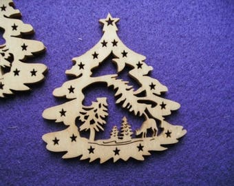 Christmas tree, wood, 7 x 8 cm (24-0001B)