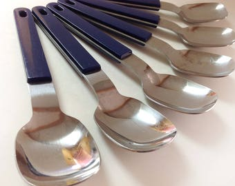 6 Anacapa Stainless Japan Soup Spoons, Royal Blue, Mid Century Stainless Flatware, Plastic Handled Large Spoons, Set Of 6