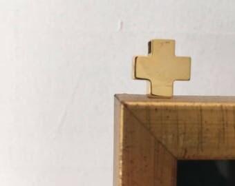 Cruz de oro de 14k