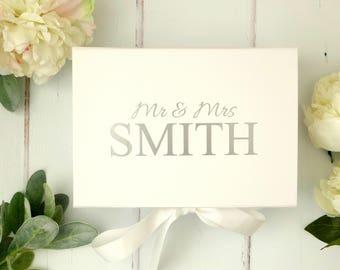 Wedding Gift Box - Personalised Mr & Mrs Gift Box - White Keepsake Box - A5 Gift Box - Custom Gift Box - Custom Wedding Box - Memory Box