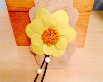 LEATHER FLOWER Brooch Adornment