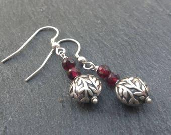 Bali silver/Garnet earrings/Sterling silver/gemstone earrings/red earrings/January birthstone/dangle earrings/drop earrings/gift for her