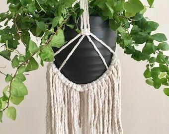 Macrame Plant Hanger - Lillian