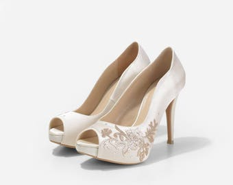 Ariana Ivory Satin Wedding Heels, Satin Bridal Shoe with Floral Applique, Floral Ivory Wedding Heels, Handmade Wedding Shoes