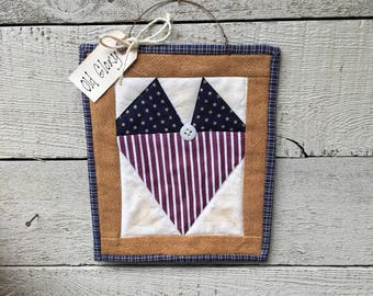 SALE - PATRIOTIC HEART  - Mini Quilt - 4th of July  Wall Hanger - Americana Decor