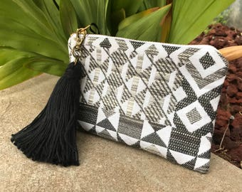 Grey Coin purse with tassel