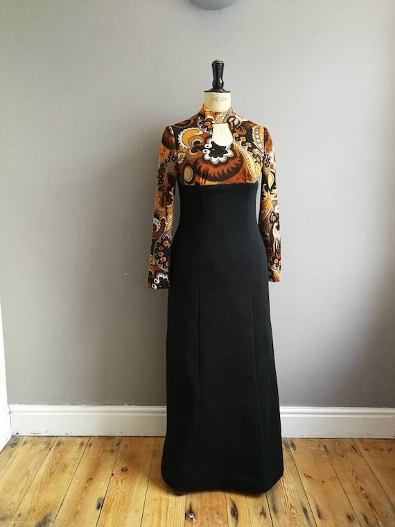 70s winter maxi dress / two tone long 70s dress / empire style 70s maxi / key hole dress / vintage boho maxi dress / sexy 70s long dress