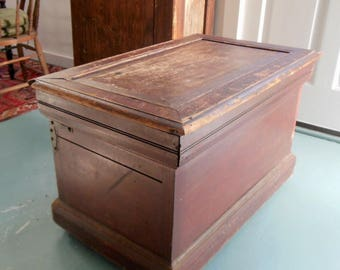 Antique Carpenter Toolbox Rustic Coffee Table Primitive Chest