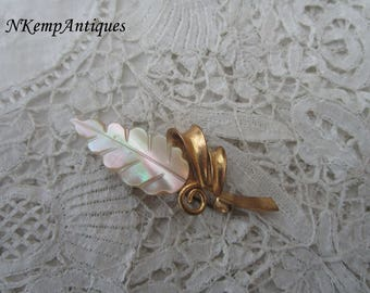 1950's shell brooch
