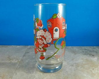 Vintage Strawberry Shortcake Collectible Glass - It's the Berries - Strawberry House