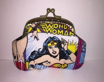 Wonder Woman Coin Purse (gold)