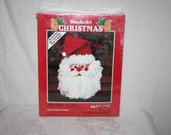 Aunt Lydia's Wonder Art Santa Claus face kit, 1991 Caron International, complete in 2 hours