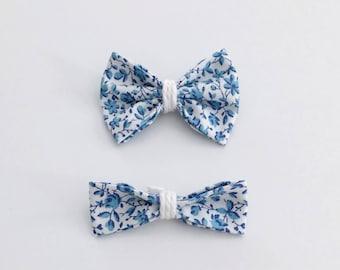 Boucle fleurs bleue - Blue fowers hair bow