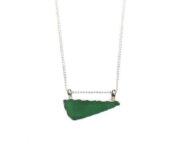 asymmetrical kelly green sea glass necklace