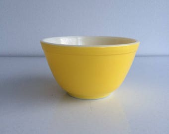 Vintage Pyrex Yellow Mixing Bowl Small #401